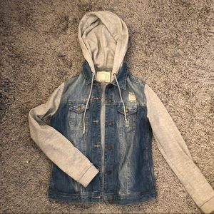 Jean Jacket with Cotton Sleeves